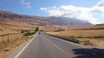 シチリアの道.jpg